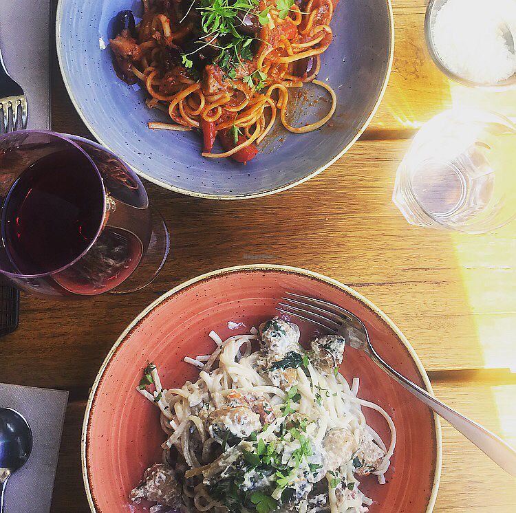 "Photo of Versachi Pizza and Wine Bar  by <a href=""/members/profile/LPhillipLucas"">LPhillipLucas</a> <br/>Vegan linguine primavera and pollo funghi <br/> October 11, 2017  - <a href='/contact/abuse/image/98925/314151'>Report</a>"