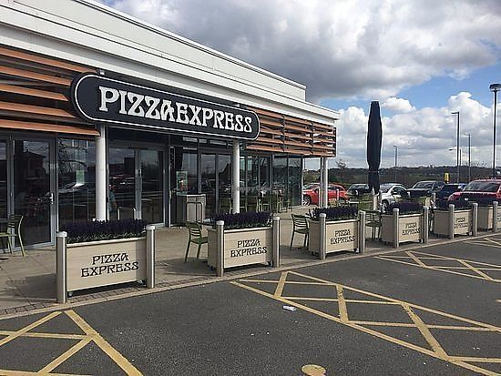 """Photo of Pizza Express - Birstall  by <a href=""""/members/profile/nathanjm"""">nathanjm</a> <br/>Entrance <br/> November 5, 2017  - <a href='/contact/abuse/image/98985/322238'>Report</a>"""