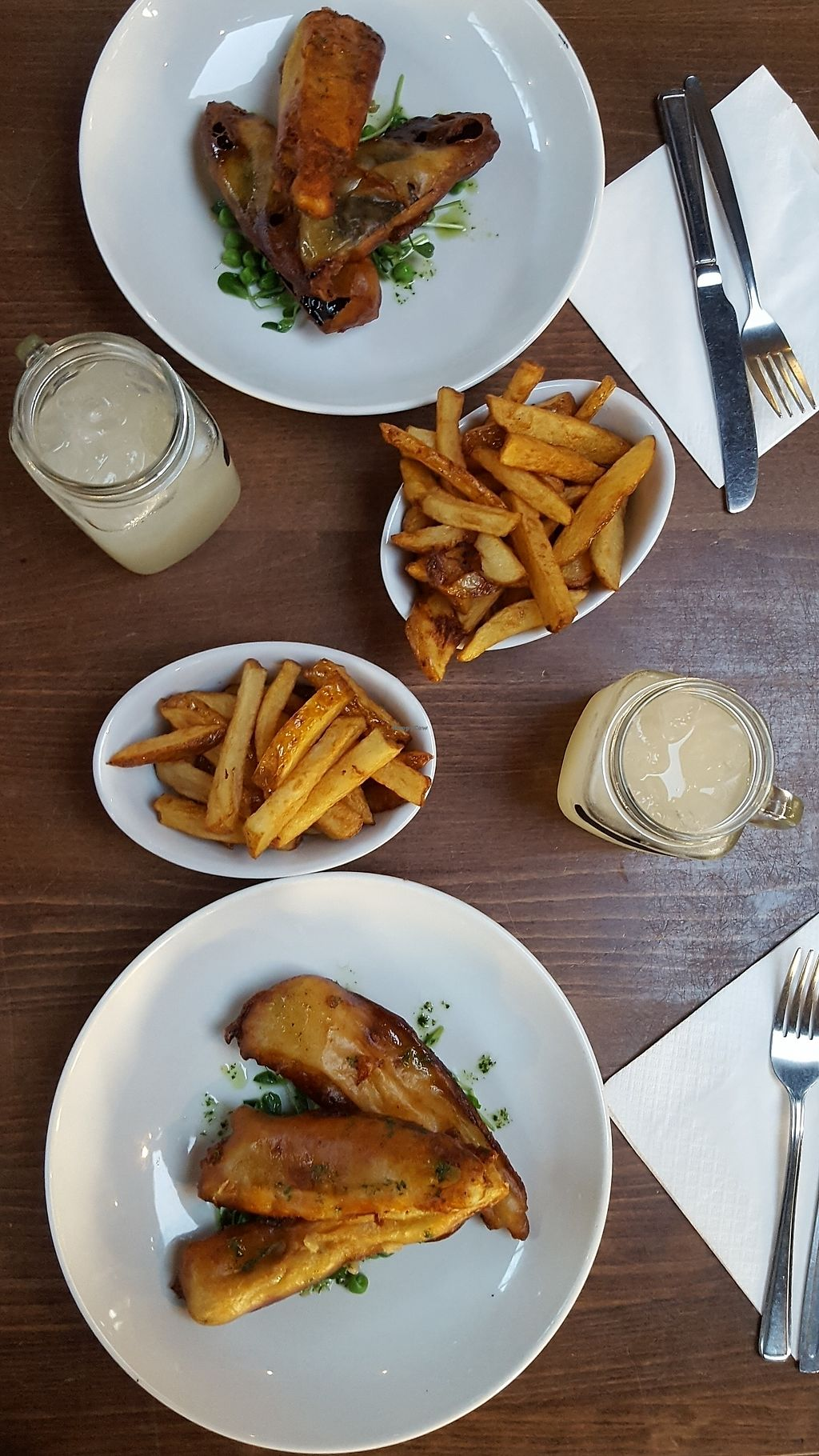 """Photo of Cantina  by <a href=""""/members/profile/VeganAnnaS"""">VeganAnnaS</a> <br/>Vegan 'fish' and chips  <br/> January 4, 2018  - <a href='/contact/abuse/image/98995/343029'>Report</a>"""