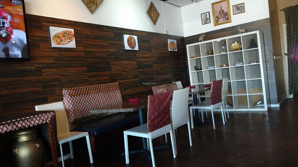 "Photo of Chon Thai Food  by <a href=""/members/profile/radtechg9"">radtechg9</a> <br/>Clean, great decor <br/> September 30, 2017  - <a href='/contact/abuse/image/99048/310238'>Report</a>"