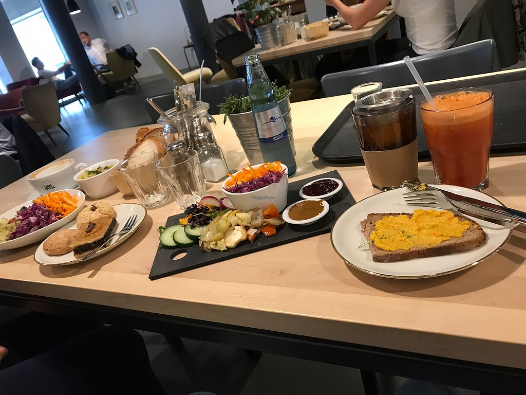 """Photo of Café Heimisch  by <a href=""""/members/profile/LarryMRobinson"""">LarryMRobinson</a> <br/>Breakfast Vegan sooo goood!!! <br/> August 25, 2017  - <a href='/contact/abuse/image/99072/297061'>Report</a>"""