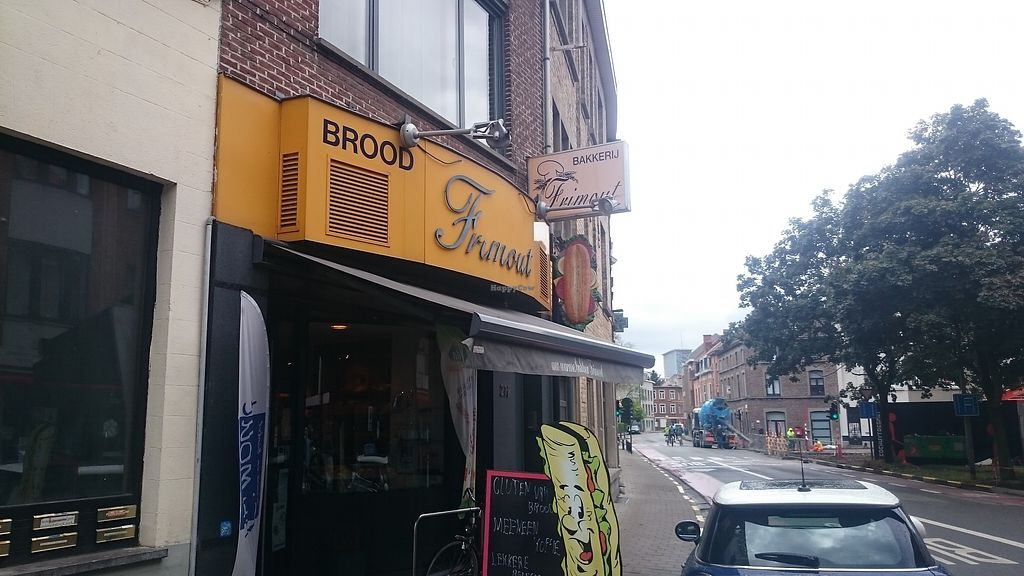 """Photo of Bakery Frimout  by <a href=""""/members/profile/chb-pbfp"""">chb-pbfp</a> <br/>Outside view <br/> August 21, 2017  - <a href='/contact/abuse/image/99218/295353'>Report</a>"""