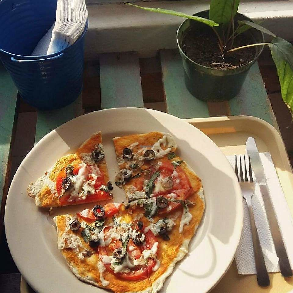"Photo of HUACA MOLE sodita  by <a href=""/members/profile/Huacamole"">Huacamole</a> <br/>Vegan Pizza <br/> October 2, 2017  - <a href='/contact/abuse/image/99462/311042'>Report</a>"