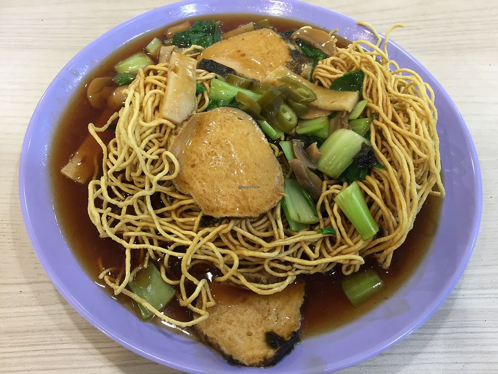 """Photo of Ji Ling Vegetarian   by <a href=""""/members/profile/surfbuyer"""">surfbuyer</a> <br/>Crispy Noodle <br/> March 2, 2018  - <a href='/contact/abuse/image/99475/365878'>Report</a>"""