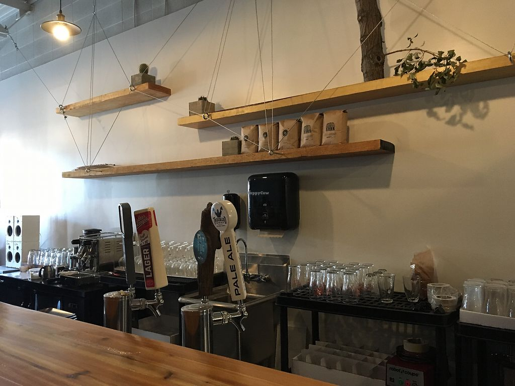 "Photo of Die Pie  by <a href=""/members/profile/SophieAr%C3%A8s-Carle"">SophieArès-Carle</a> <br/>Behind their bar (they serve alcohol and have kombucha on tap)  <br/> August 31, 2017  - <a href='/contact/abuse/image/99651/299414'>Report</a>"