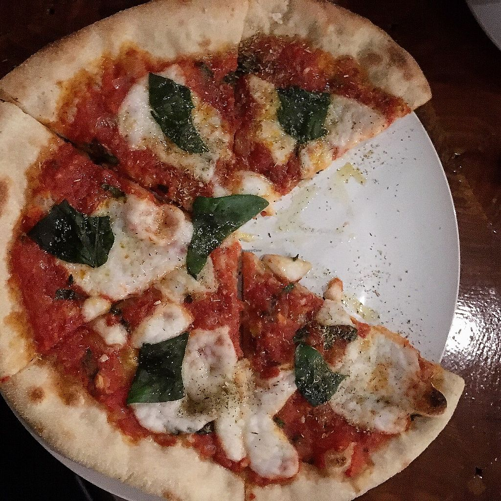 "Photo of Die Pie  by <a href=""/members/profile/MarianaJE"">MarianaJE</a> <br/>Margherita pizza is delish when you add more cheese and oregano <br/> January 13, 2018  - <a href='/contact/abuse/image/99651/346022'>Report</a>"