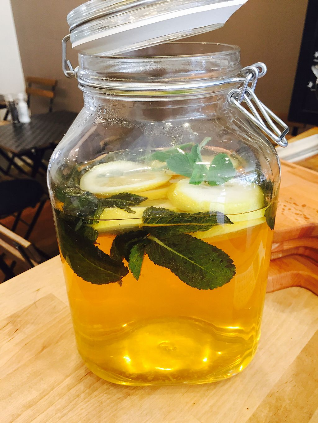 """Photo of Oscar  by <a href=""""/members/profile/B%C3%A9aB%C3%A9a"""">BéaBéa</a> <br/>Thé glacé maison gingembre citron orange.. tonic? <br/> September 12, 2017  - <a href='/contact/abuse/image/99784/303780'>Report</a>"""
