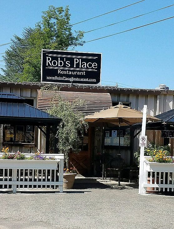 "Photo of Rob's Place  by <a href=""/members/profile/Sterre"">Sterre</a> <br/>Rob's place <br/> August 30, 2017  - <a href='/contact/abuse/image/99875/298879'>Report</a>"