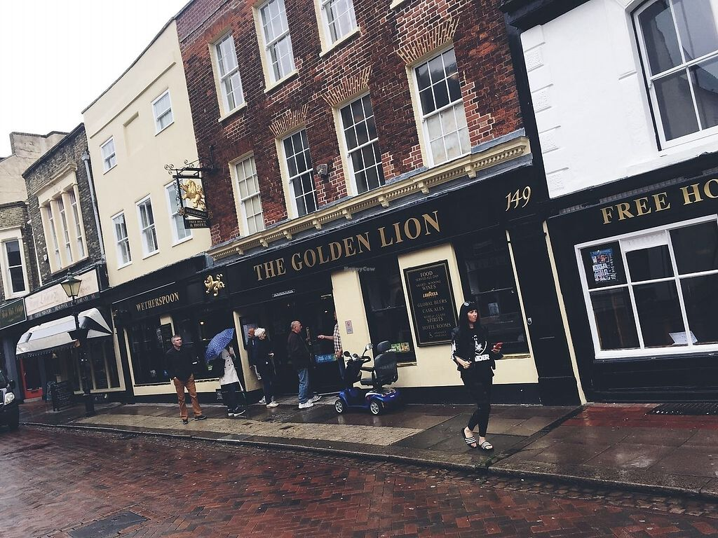 "Photo of The Golden Lion  by <a href=""/members/profile/TARAMCDONALD"">TARAMCDONALD</a> <br/>Outside view on Rochester historic high street <br/> August 30, 2017  - <a href='/contact/abuse/image/99917/299172'>Report</a>"