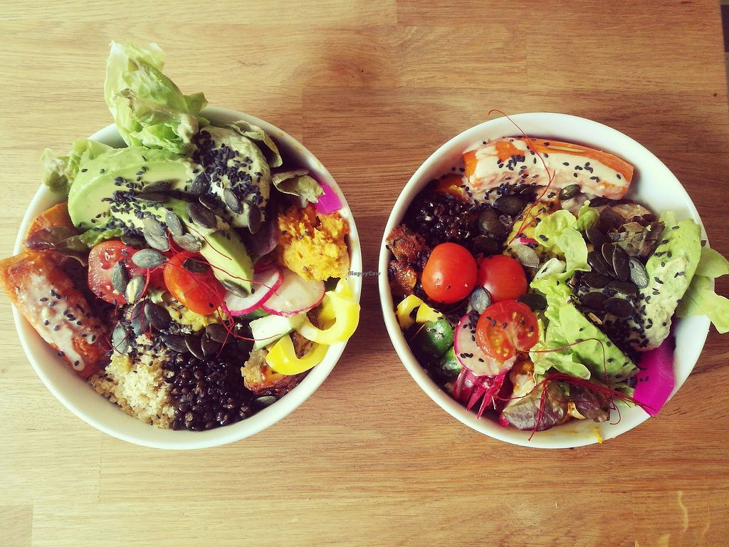 "Photo of Raum Schwalbe  by <a href=""/members/profile/CamillaR"">CamillaR</a> <br/>Vegan & Gluten Free Buddha Bowl <br/> November 15, 2017  - <a href='/contact/abuse/image/99967/325951'>Report</a>"