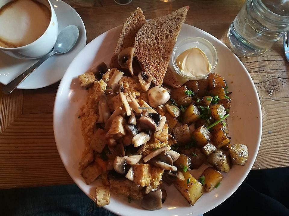 """Photo of Satsang  by <a href=""""/members/profile/jennyc32"""">jennyc32</a> <br/>Tofu scramble (with chickpeas instead of tofu) <br/> March 17, 2018  - <a href='/contact/abuse/image/99998/371963'>Report</a>"""