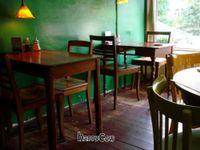 "Photo of De Wankele Tafel Vegetarisch Restaurant  by <a href=""/members/profile/Gudrun"">Gudrun</a> <br/> August 29, 2012  - <a href='/contact/abuse/image/1025/37123'>Report</a>"