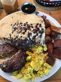 "Photo of Vertical Diner  by <a href=""/members/profile/DeadheadmamaUT"">DeadheadmamaUT</a> <br/>This was the Avalanche. Chocolate chip pancakes, tofu scramble, sausage patty, and hash browns. Divine <br/> March 10, 2017  - <a href='/contact/abuse/image/10637/234729'>Report</a>"