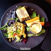 """Photo of 42 Degrees Raw - Pilestaede  by <a href=""""/members/profile/vegetariangirl"""">vegetariangirl</a> <br/>tapas plate <br/> July 1, 2012  - <a href='/contact/abuse/image/20746/34029'>Report</a>"""