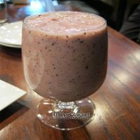"""Photo of CLOSED: V Note  by <a href=""""/members/profile/From%20A%20to%20Vegan"""">From A to Vegan</a> <br/>Banana Berry banana, blueberry, strawberry, oj <br/> May 31, 2011  - <a href='/contact/abuse/image/23368/8863'>Report</a>"""