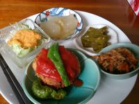 """Photo of Sujata  by <a href=""""/members/profile/FoodIsNeverWaste"""">FoodIsNeverWaste</a> <br/>Lunch Menu Rice comes together with it, with the option for free refill <br/> October 14, 2017  - <a href='/contact/abuse/image/26720/315061'>Report</a>"""