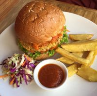 """Photo of Earth Cafe and Market - Ubud  by <a href=""""/members/profile/AliceClavier"""">AliceClavier</a> <br/>chickpea burger <br/> July 25, 2015  - <a href='/contact/abuse/image/32487/110870'>Report</a>"""