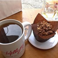 """Photo of Kelly's Bake Shoppe  by <a href=""""/members/profile/Sanja"""">Sanja</a> <br/>Love 'N Peas muffin with Chocolate Loves Strawberry tea <br/> February 8, 2018  - <a href='/contact/abuse/image/35510/356552'>Report</a>"""