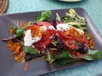 "Photo of CLOSED: Nettle Raw Cafe  by <a href=""/members/profile/PamellaSousa"">PamellaSousa</a> <br/>BLT with coconut bacon <br/> September 10, 2016  - <a href='/contact/abuse/image/39923/174773'>Report</a>"