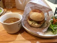 "Photo of LIMA - Shinjuku  by <a href=""/members/profile/CharlotteDrene"">CharlotteDrene</a> <br/>best burgers <br/> May 24, 2015  - <a href='/contact/abuse/image/43583/103306'>Report</a>"