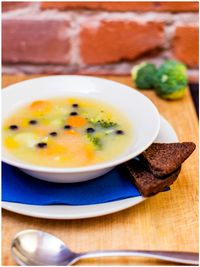 "Photo of Vegan Inspiratsioon  by <a href=""/members/profile/KohvikInspiratsioon"">KohvikInspiratsioon</a> <br/>Broccoli and carrot soup aka dailysoup <br/> November 4, 2015  - <a href='/contact/abuse/image/54262/123859'>Report</a>"