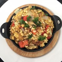 "Photo of Screaming Carrots  by <a href=""/members/profile/Sydhutchh"">Sydhutchh</a> <br/>Tofu scramble YUM YUM YUM! <br/> April 9, 2017  - <a href='/contact/abuse/image/69039/245961'>Report</a>"