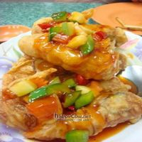 """Photo of Water Lily Restaurant  by <a href=""""/members/profile/veganmiam"""">veganmiam</a> <br/>Fried Sweet-n-Sour Prawns! It was interesting beancurds/vegetables within the prawn-shapes <br/> April 11, 2009  - <a href='/contact/abuse/image/7264/1740'>Report</a>"""