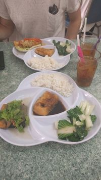 """Photo of Water Lily Restaurant  by <a href=""""/members/profile/HannahGilbert"""">HannahGilbert</a> <br/>soya fish and prawns  <br/> May 27, 2017  - <a href='/contact/abuse/image/7264/262899'>Report</a>"""