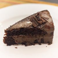 """Photo of La Pasta  by <a href=""""/members/profile/Cambobby"""">Cambobby</a> <br/>Chocolate Almond Mousse Cake (Vegan) <br/> May 30, 2017  - <a href='/contact/abuse/image/83737/264124'>Report</a>"""