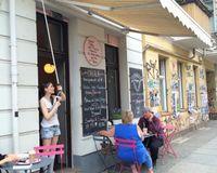 "outside<br/>                 <a href=""/reviews/ohlala-tartes-shop-berlin-27288"">CLOSED: Ohlala</a><br/> July 12, 2014"