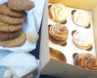 """Found a new vegan bakery right out front of the Arizona State Fair Grounds in Phoenix, AZ  @TreehouseBakery <br/>                 <a href=""""/reviews/treehouse-bakery-phoenix-33977"""">Treehouse Bakery</a><br/> December 16, 2016"""