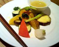 "Vegetables with bagna cauda dip<br/>                 <a href=""/reviews/tamana-shokudo-tokyo-34363"">Tamana Shokudo</a><br/> October 9, 2012"