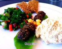 Oriental Mezze with Falafel, Humus and Tabhouli