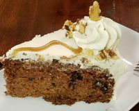 """carrot cake<br/>                 <a href=""""/reviews/24-carrots-tempe-44118"""">24 Carrots</a><br/> January 21, 2018"""