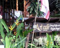 "signage<br/>                 <a href=""/reviews/art-cafe-koh-phangan-45611"">Art Cafe</a><br/> November 14, 2014"