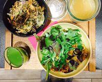 """salad bowls <br/>                 <a href=""""/reviews/60-degres-tisanerie-moderne-aix-en-provence-83263"""">60 Degres Tisanerie Moderne</a><br/> December 14, 2016"""