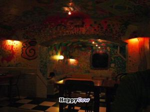 """Photo of CLOSED: Juicy Jones - Cardenal  by <a href=""""/members/profile/FontellaLloyd"""">FontellaLloyd</a> <br/>Juicy Jones interior <br/> August 7, 2013  - <a href='/contact/abuse/image/1108/52909'>Report</a>"""