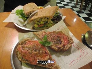 """Photo of CLOSED: Juicy Jones - Cardenal  by <a href=""""/members/profile/Joyatri"""">Joyatri</a> <br/>Avocado sandwich and tomato bread <br/> December 25, 2013  - <a href='/contact/abuse/image/1108/60868'>Report</a>"""