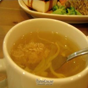 "Photo of Create Healthy Lifestyle  by <a href=""/members/profile/Peace%20..."">Peace ...</a> <br/>Soy Bean Sprout with White Fungus Clear Soup <br/> October 9, 2010  - <a href='/contact/abuse/image/15989/6047'>Report</a>"