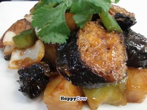 """Photo of CLOSED: Ovo - Simply Veggie  by <a href=""""/members/profile/community"""">community</a> <br/>Seaweed Yuba Sweet & Sour <br/> July 1, 2013  - <a href='/contact/abuse/image/36259/50594'>Report</a>"""