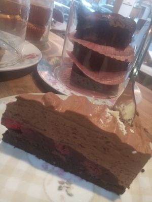 "Photo of Crazy CupCake Cafe  by <a href=""/members/profile/Luzern"">Luzern</a> <br/>Cherry-Chocolatemousse-Cake <br/> March 28, 2017  - <a href='/contact/abuse/image/50467/242144'>Report</a>"