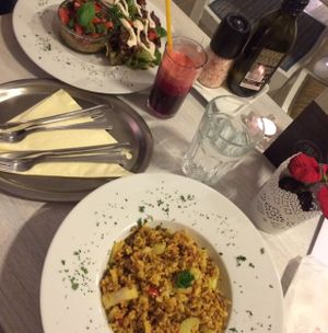"""Photo of CLOSED: Food of Love  by <a href=""""/members/profile/Puma"""">Puma</a> <br/>Raw quiche and Rissotto and fresh juice <br/> December 13, 2016  - <a href='/contact/abuse/image/81540/200842'>Report</a>"""